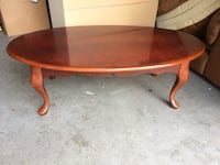 Cherry wood coffee table  Nashville, 37013