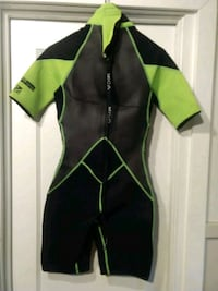 Woman's Size 6 Mica Ultimate Series Wetsuit London, N6B 2K6