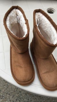 Toddler boots; size 12 Maplewood, 07040
