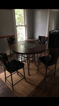 Dining Room Table With Chairs  Cicero, 60804
