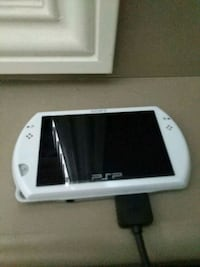 Playstation Portable (PSP Go) White Red Deer, T4R