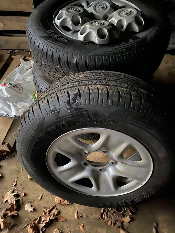 Toyota tundra rims and tires 48c0b5a1-7b61-4463-9977-86d29b07ee25