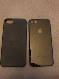 Black iphone 7 with case Long Beach, 90802