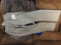 Roots salt and pepper women's size small
