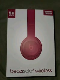 Beats Solo3 Wireless Headphones  New York, 10019