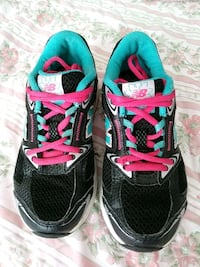 Size 1 girl New balance shoes Fort Stewart, 31315