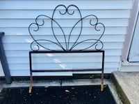 Twin metal headboard. Rust on bottom of legs. Use for headboard or indoor/outdoor decor Berea, 44017