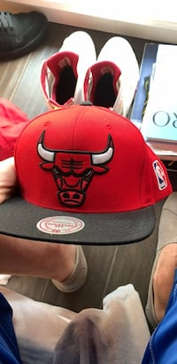 red and black Chicago Bulls snapback cap Tampa, 33625