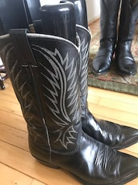 pair of black leather cowboy boots Alexandria, 22041