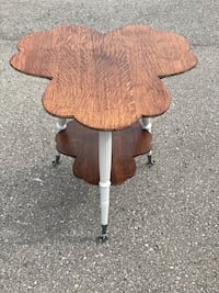 Antique table Wilsonville, N0E 1Z0