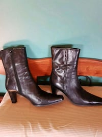 Leather boots Newmarket, L3X 1R1