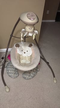 baby's white and gray cradle and swing Alexandria, 22306