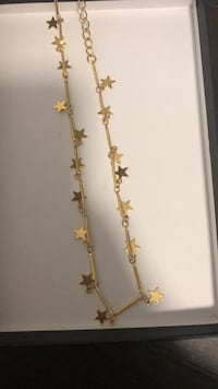 Dangling stars necklace - Never worn