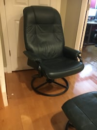 Leather swivel recliner with foot rest North Potomac, 20878