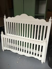 GGirls white wooden headboard and footboard