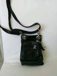 Rooths black leather purse Guelph, N1E 6L7