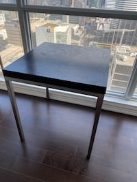 EQ3 Expandable Dining Table