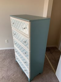 5 drawer chest. Free with pick up Silver Spring, 20904