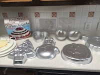 Cake pans and candy molds  Allen, 75002