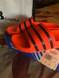 Never worn. Size 8. For men