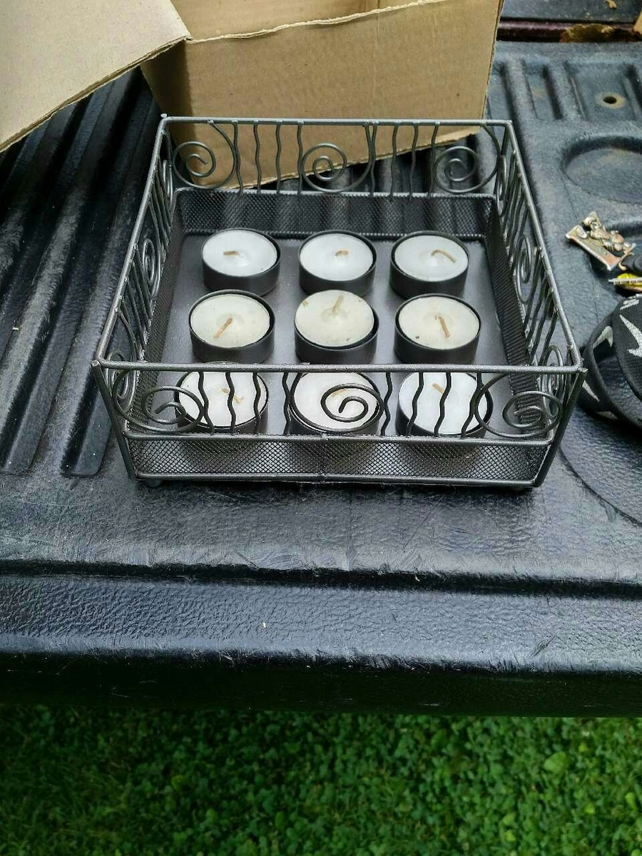 Bnib tea light candle holders