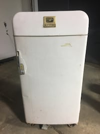 Antique Fridge that works