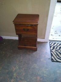 brown wooden single-drawer side table 796 mi