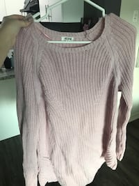 pink knitted sweater  3151 km