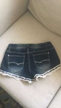 Woman's 2p shorts  Oklahoma City, 73112