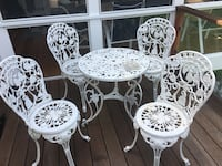 Cast Iron table with 4 chairs great condition Sherman, 06784