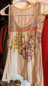 women's white and brown floral sleeveless top Kernersville, 27284
