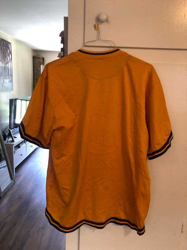 fae4c9d121ff57 Used Lakers Shirt for sale in Costa Mesa - letgo