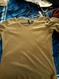 brown v-neck shirt Amarillo, 79107