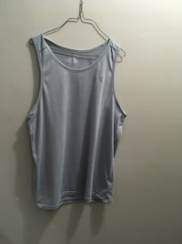 Men's xl fitted under armour tank muscle shirt
