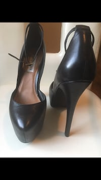 pair of black leather peep toe pumps Toronto, M6E 2X5