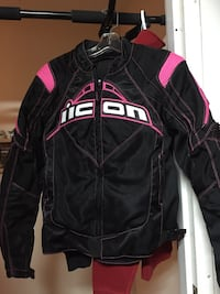 Brand new no tag icon jacket for ladies size small  Vancouver, V6A 1C3