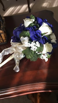 Bouquet of white roses and blue flowers Laurel, 20707