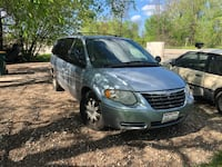 Chrysler - Town and Country - 2005 Oak Creek