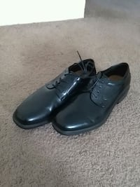 Dress shoes size 14