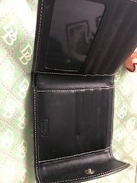 Dooney & Bourke black wallet  Winnipeg, R2W 1P3