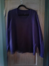 Size 1X to 2X Eggplant Colour SWEATER * IF AD'S UP, IT'S STILL AVAILABLE Hamilton