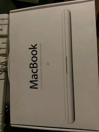 MacBook 2010 for parts or fix...