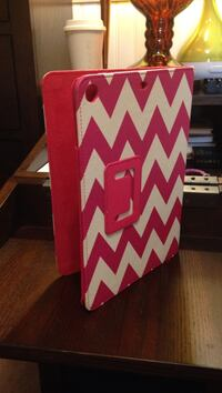 iPad protector case pink & white