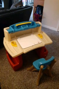 Toddler art desk with chair