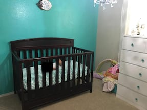 Dark brown 4 in 1 crib w/ matress