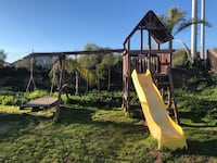 Backyard Wooden Playcenter (Free) Oceanside
