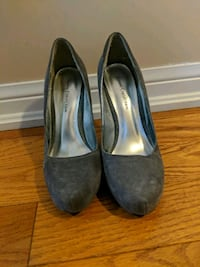 Like new vianni collection heels Barrie, L4M 7J6