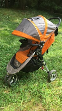 Baby's orange and gray jog stroller Oakton, 22124