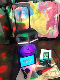 """Tailgate SPEAKER. TABLET. MICROPHONE STAND  KARAOKE.  READY.  LISTA.  PARA.  KARAOKE .  RECHARGEABLE SPEAKER BOCINA REMOTE CONTROL FM RADIO  USB SD AUX . MIC INPUTS LED LIGHTS         NEW. IN BOX.    NUEVO EN CAJA  TABLET. 8"""" WITH music & karaoke  CON CAN 1961 mi"""