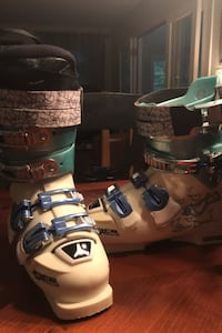Women's Atomic She Devil Ski Boots - Size 23 Warrenton, 20187